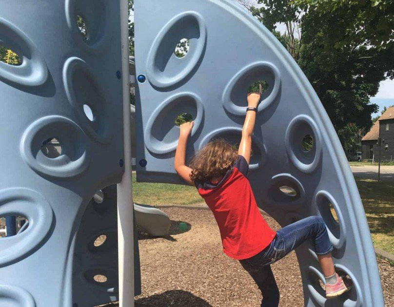 Virginia Park Climbing Wall - Upside Down Climb