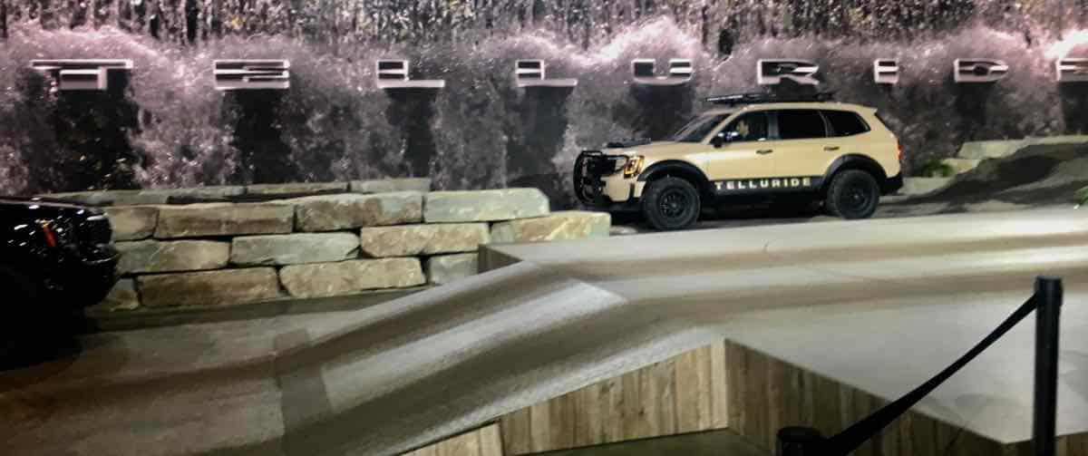Kid Friendly Auto Show - Kia Telluride Ride