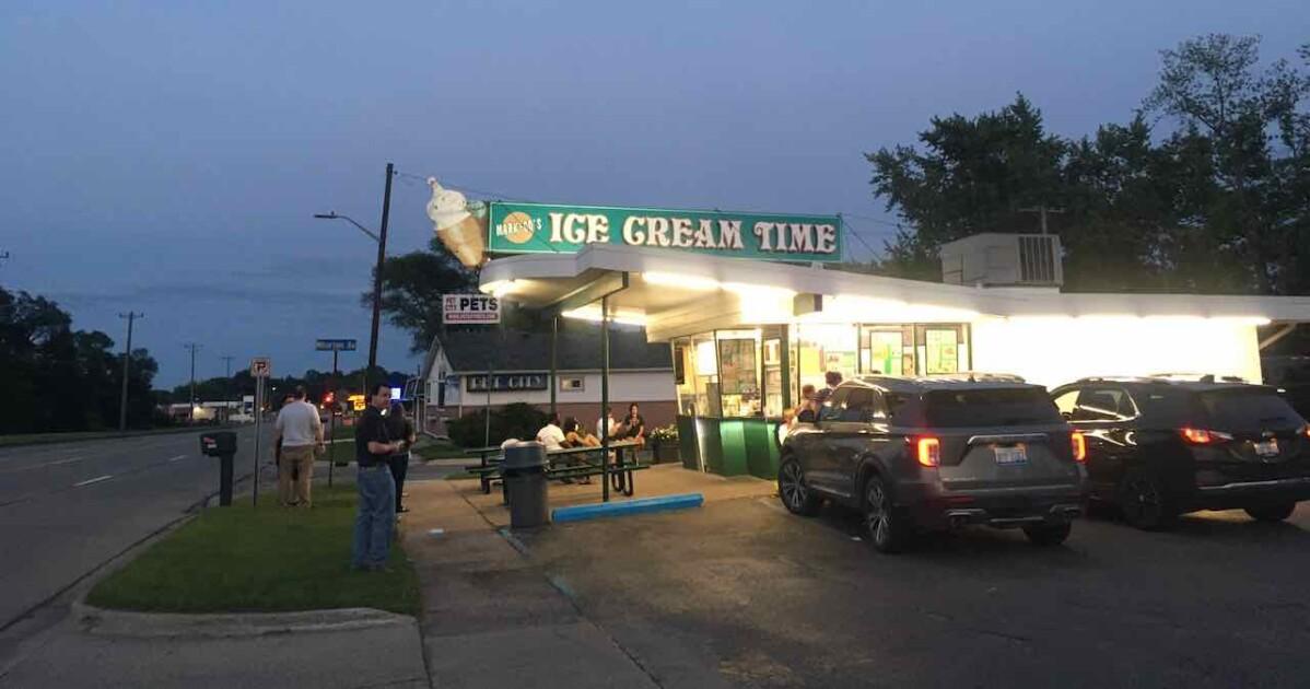 Ann Arbor Ice Cream Tour - Ice Cream Time