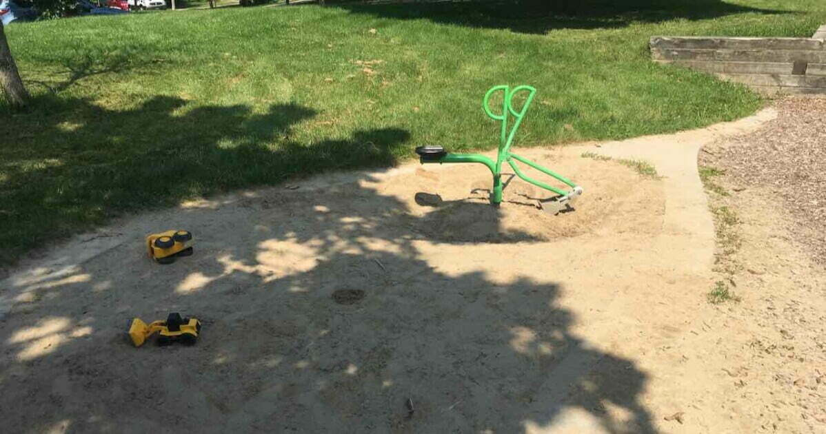 Burr Oak Park - Sandbox Digger