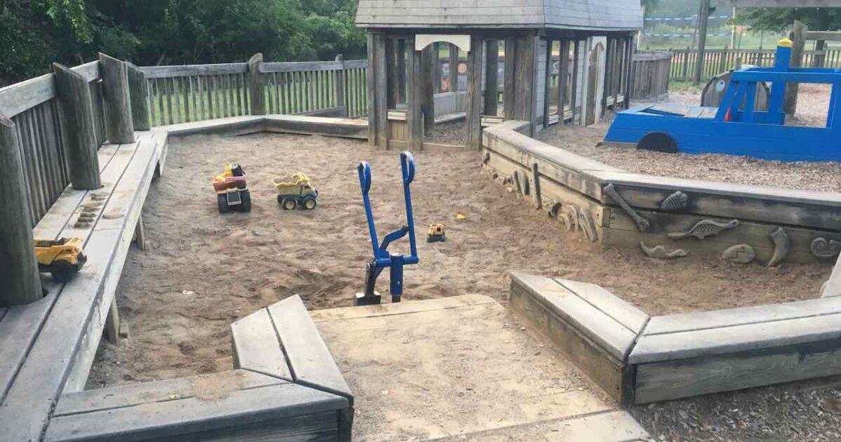 Chelsea Timbertown - Tot Lot Sandbox