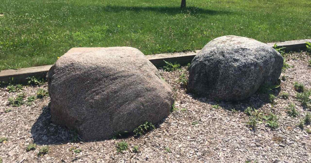 Garden Homes Park - Large Rocks