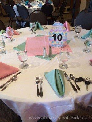Toledo Zoo Easter Bunny Breakfast Table