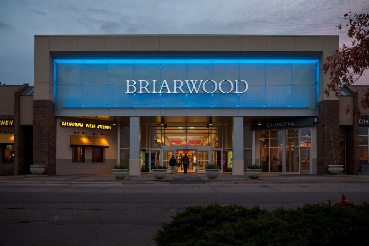 More Dining News: Salads UP opening at Briarwood | Ann Arbor with Kids