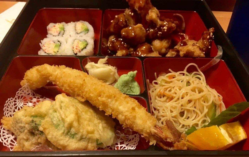 Totoro Restaurant Review - Sesame Chicken Bento Box