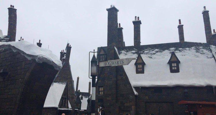 Visiting Harry Potter - Hogsmeade at Universal Orlando