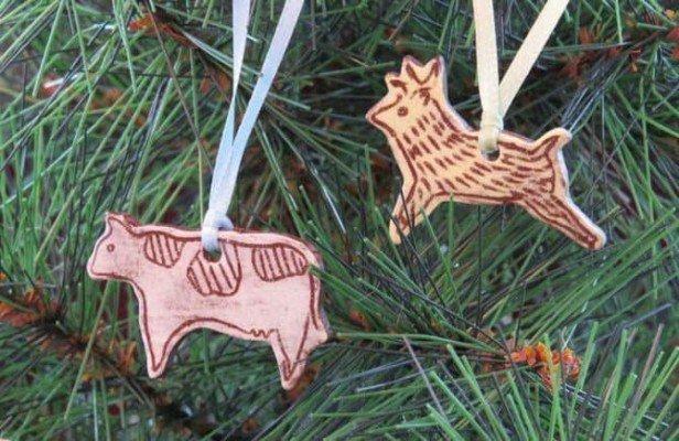 art-center-ornament-making
