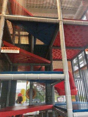 Lohr Rd McDonalds - Structure