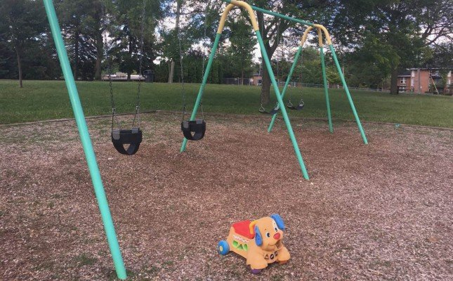 Winchell Playground - Tuesday Playground Profile - Swings