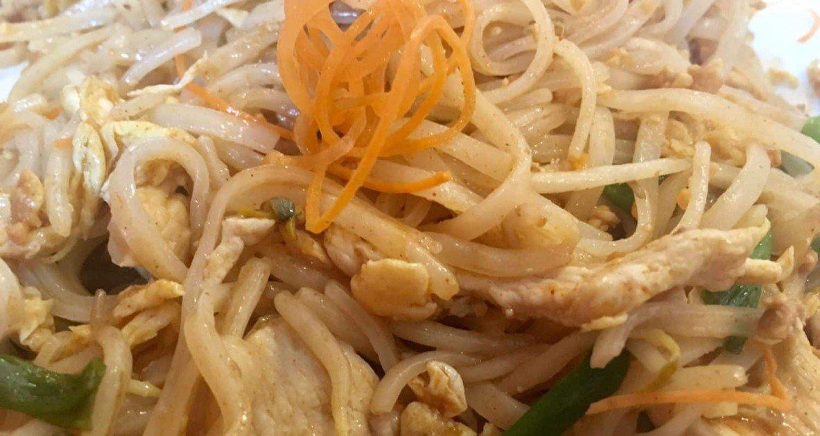 Tuptim Thai Cuisine - Pad Thai
