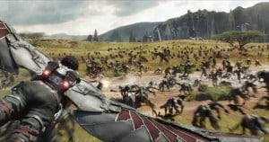 Avengers Infinity War - Falcon flies over Wakanda Battlefield
