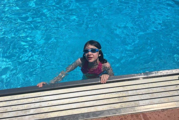 Ann Arbor Buhr Park Pool - Swimming in the Deep End