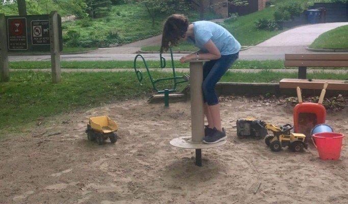 Mixtwood Pomona Park Playground Profile - Spinner