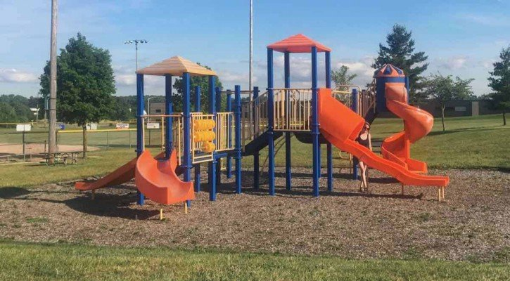Saline's Tefft Park - South Playground - Overview