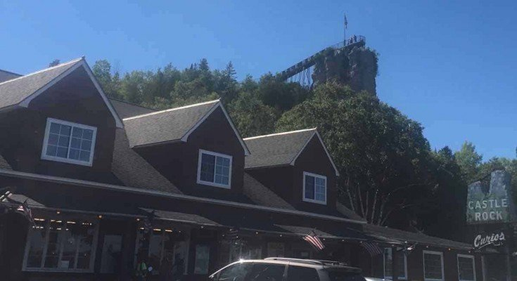 Visit Michigans Upper Peninsula with Kids - Castle Rock Overview