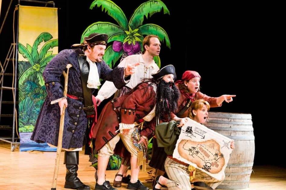 Wild Swan Theater - Treasure Island - Pirates looking right