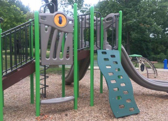 Ann Arbor's Churchill Downs Park Playground Profile - Structure