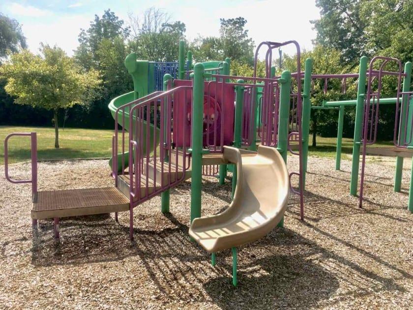 Ann Arbor's Pilgrim Park - Structure from Front