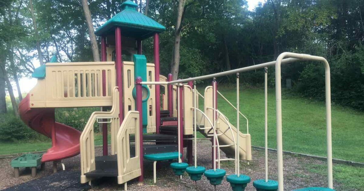 Cloverdale Park - Structure