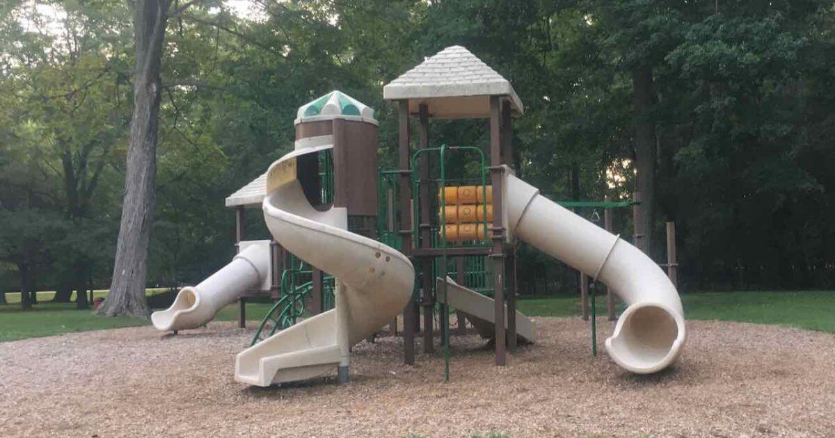 Pierce Park - Structure